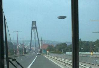 """""""Ufo: il pericolo viene dai cieli?"""""""
