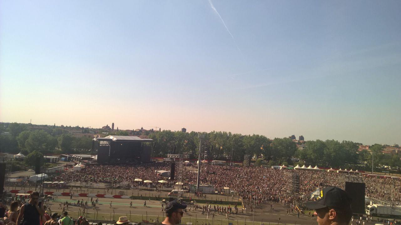 80.000 fans for Guns 'N Roses